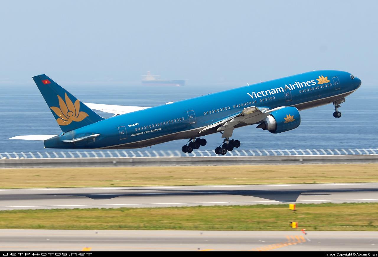 Vietnam Airlines mất 1.500 tỷ đồng vì Trung Quốc đặt giàn khoan trái phép