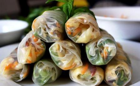 Tiếp sức sống cho bánh đa nem làng Chều hơn 700 năm tuổi