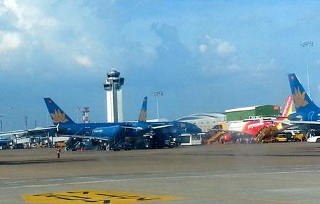 Bộ trưởng Thăng kỷ luật hàng loạt lãnh đạo ngành hàng không