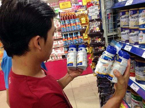 Vụ sữa Ensure nước nhập lậu: Chưa rõ trách nhiệm cơ quan nào