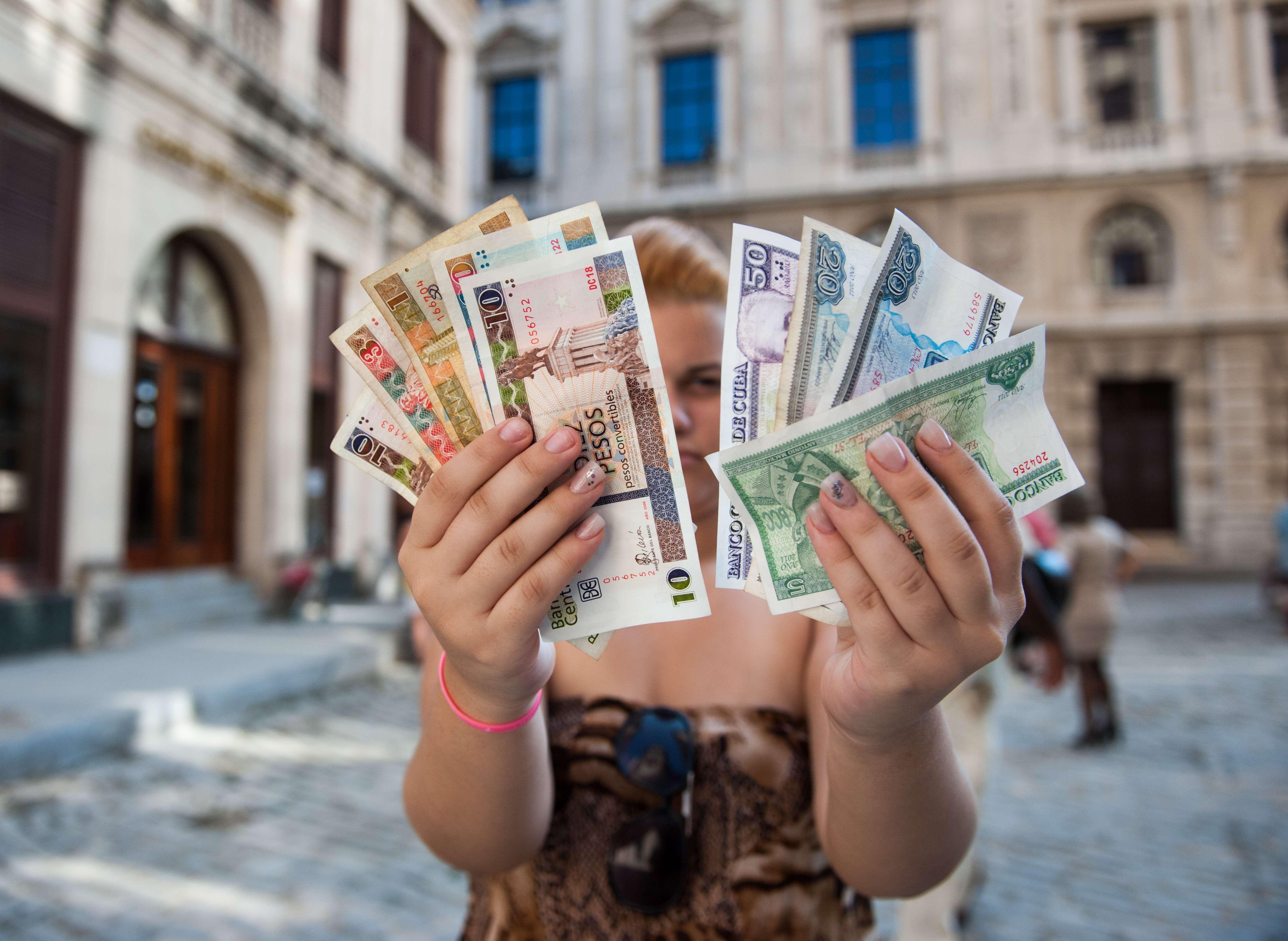 Phát hành tiền peso nội tệ mệnh giá lớn, Cuba dọn đường cho thống nhất tiền tệ