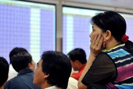 Đầu tư cổ phiếu: Chán ngân hàng, quay sang BĐS