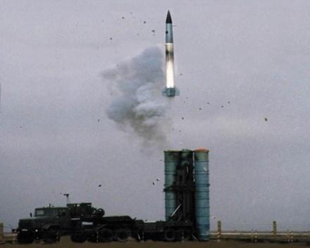 Nga bất ngờ khai hỏa hàng loạt hệ thống phòng không hiện đại