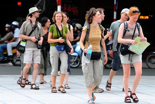 Đầu năm, khách du lịch đến Việt Nam giảm mạnh