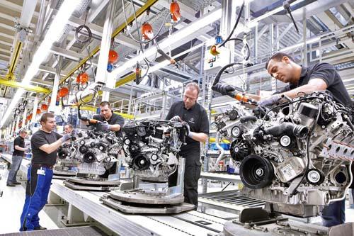 xe-ô-tô, công-nghiệp-ô-tô, xe-việt, động-cơ, nhà-máy, sản-xuất, giá-rẻ, xe-sang