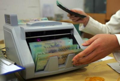 Lãi suất tiền gửi VND sẽ xuống mức 1%/năm?