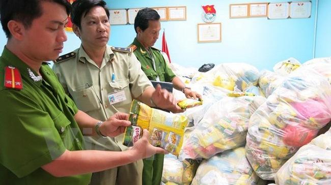 Gần 6.000 công nhân trả lại quà Tết vì phát hiện có hàng giả