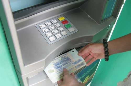 POS, ATM, thanh-toán, tiền-mặt, nghị-định, quy-định, giao-dịch, ngân-hàng, siêu-thị, nhà-hàng, tham-nhung, minh-bạch