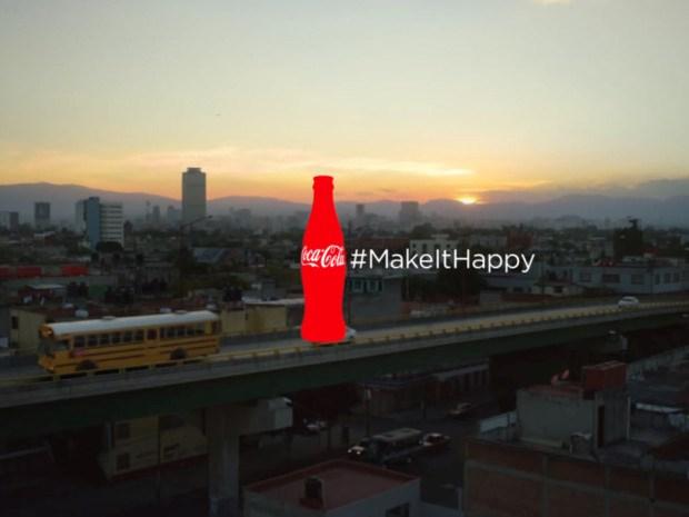Bị chơi xỏ, Coca-Cola buộc phải hủy chiến dịch quảng cáo trên Twitter