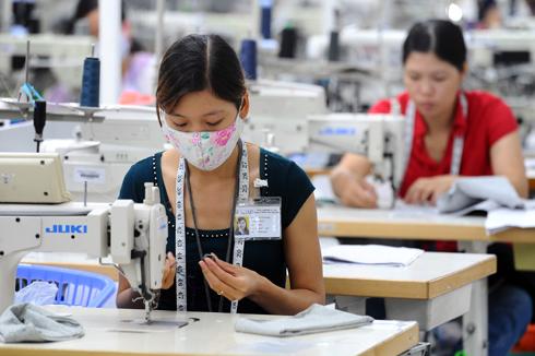 18 người Việt làm bằng 1 người Singapore: Thủ tướng nói gì?