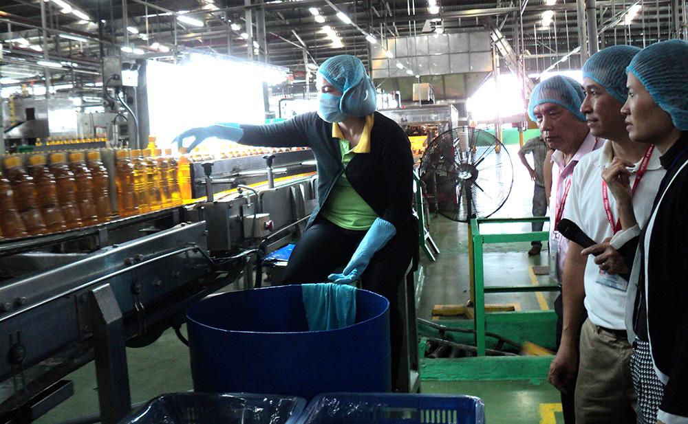 Dây chuyền sản xuất nước giải khát của Cong ty Tân Hiệp Phát