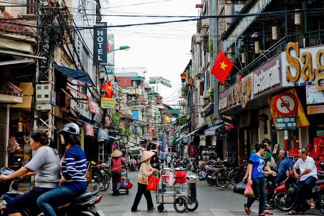 """Nhiều cố gắng, Việt Nam vẫn trong nhóm """"đội sổ"""" về cạnh tranh"""