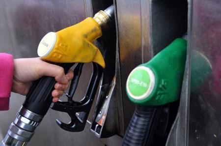 Lý giải giá xăng dầu ở Việt Nam khó tăng giá trở lại