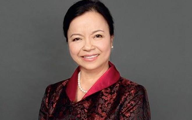 <b>Chủ tịch kiêm Tổng giám đốc REE Nguyễn Thị Mai Thanh</b>: Cái tên Nguyễn Thị Mai Thanh đã quá quen thuộc với thị trường chứng khoán, bởi REE là doanh nghiệp đầu tiên niêm yết, và được bà Mai Thanh dẫn dắt suốt nhiều chục năm qua. <br><br>Thế nhưng, tác động của REE hiện nay không chỉ đơn thuần giới hạn ở cổ phiếu REE nữa.<br><br>Sở hữu danh mục lớn các doanh nghiệp niêm yết là công ty con, công ty liên kết như Nhiệt điện Phả Lại, Nhiệt điện Ninh Bình…, REE thậm chí được đánh giá là một quỹ đầu tư khổng lồ trong nước, dù con đường của REE đi hoàn toàn khác biệt, và đã thành công. <br><br>Tất nhiên, với quy mô vốn hóa lớn các doanh nghiệp niêm yết thuộc hệ thống REE, một sự thay đổi nhỏ trong chính sách đầu tư hay diễn biến bất kỳ của REE cũng hoàn toàn có thể tạo nên những tác động lớn đến thị trường chứng khoán.