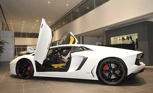 Đầu tư cho đại lý bán xe sang thường rất lớn và vận hành tốn kém.