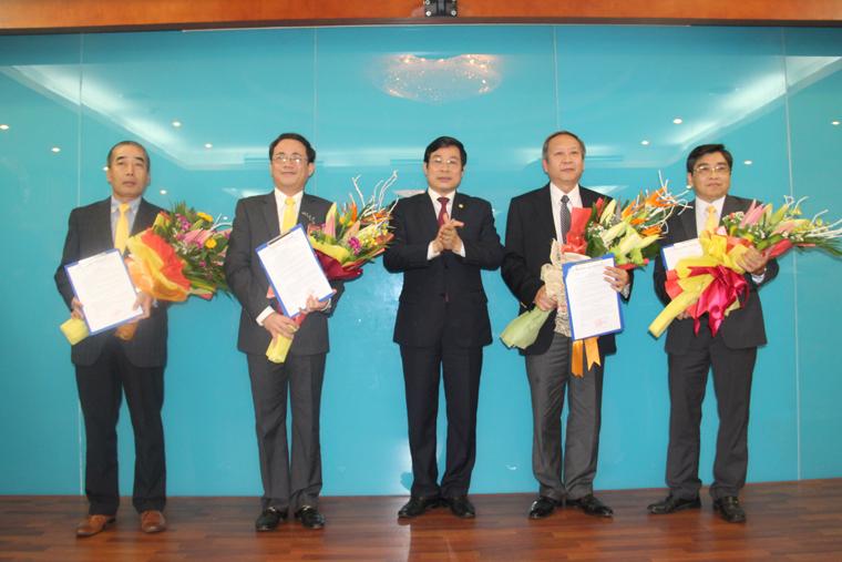 Bổ nhiệm 2 lãnh đạo cấp Vụ và 4 lãnh đạo Hội đồng thành viên VietnamPost