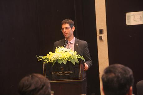 Ông Zafrir Asaf, Trưởng Bộ phận Kinh tế - Thương mại, Đại sứ quán Israel.
