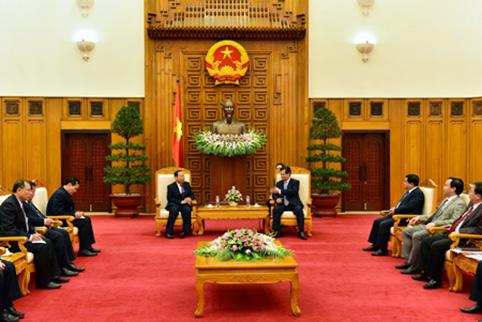 Thủ tướng đề nghị Campuchia sớm giải quyết vướng mắc đất đai cho DN Việt