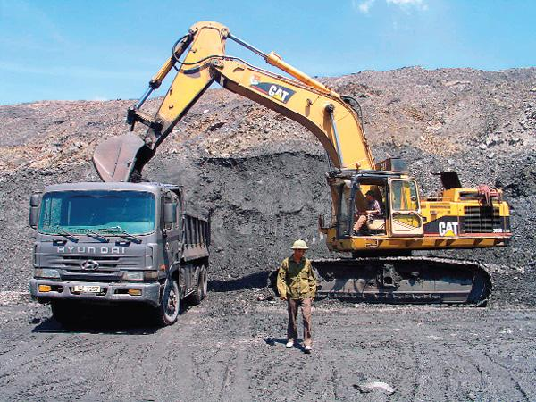 Thanh tra Chính phủ kiến nghị xử lý 28 doanh nghiệp khai thác khoáng sản có vi phạm (Ảnh minh họa)