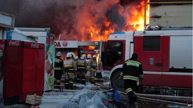 Cháy chợ có nhiều người Việt làm ăn ở Nga: 5 người chết, 25 người mất tích