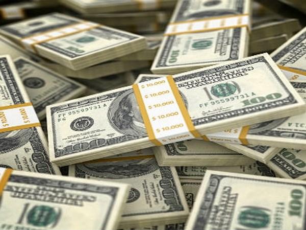 Ukraine nhận đợt viện trợ đầu tiên trị giá 5 tỷ USD từ IMF