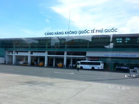 """Bộ GTVT kiến nghị Thủ tướng cho """"bán"""" sân bay Phú Quốc"""