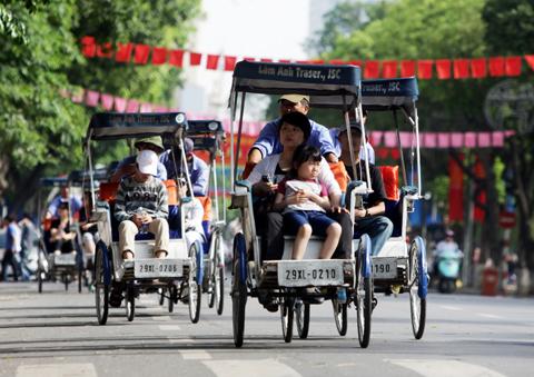 Khách du lịch quốc tế tới Hà Nội giảm mạnh!