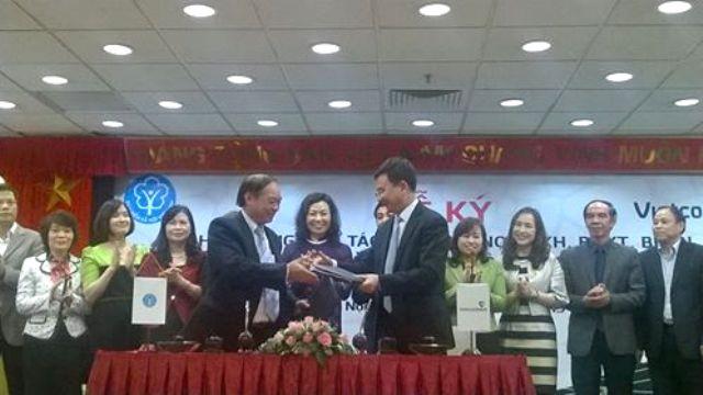 Vietcombank hợp tác thu nợ với Bảo hiểm Xã hội Việt Nam