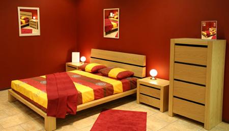Phòng ngủ của vợ chồng nên bố trí kê giường theo phong thủy