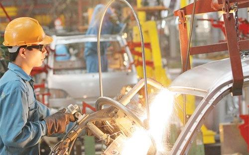 HSBC: Kinh tế Việt Nam vẫn đối mặt nhiều nguy cơ