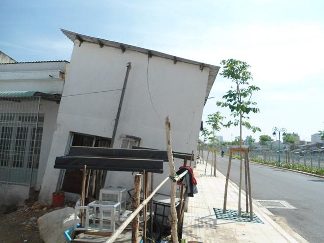 Sống nơm nớp trong dãy nhà chờ… sập ở Sài Gòn