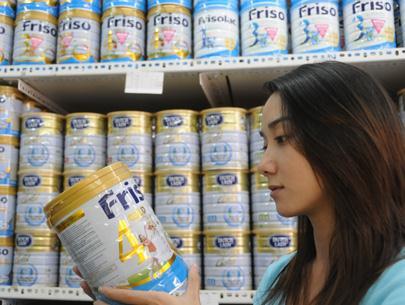 Nước ta đang phải nhập khẩu mỗi năm hơn 1 tỷ USD sữa nguyên liệu