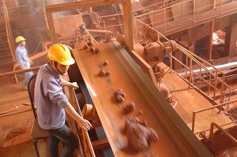 """Bộ Công Thương """"phản pháo"""" khả năng bauxite lỗ hơn 37 triệu USD năm 2015"""
