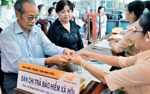 """Việt Nam trước """"bài toán khó"""" về quỹ lương hưu"""