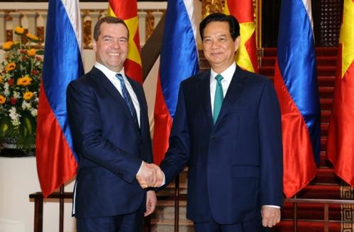 """Việt – Nga sẽ """"bắt tay"""" trong lĩnh vực chế biến và lọc hóa dầu"""