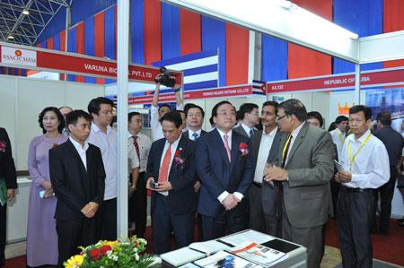 Khai mạc hội chợ Vietnam Expo 2015