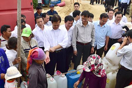 Thủ tướng: Ninh Thuận có thể làm giàu từ chính khó khăn!