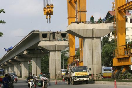 Dự án Đường sắt trên cao: Tiếp tục tiến hành, không cần chờ hoàn thành ký kết hợp đồng