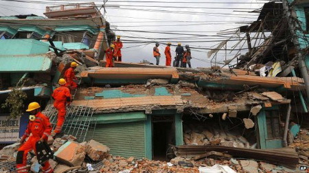 Thủ đô Kathmandu của Nepal tan hoang sau động đất (Ảnh: