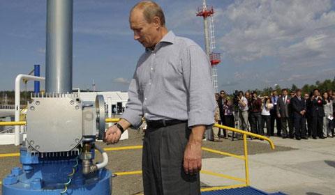 Putin: Bước lùi khi quân bài khí đốt hết linh?