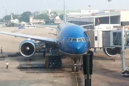 Bị phạt 4 triệu đồng vì hút thuốc lá trên máy bay