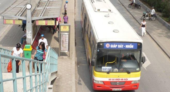 """Doanh nghiệp xe buýt được """"rải thảm"""" chính sách hỗ trợ"""