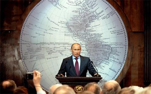 """""""Kinh tế Nga đang trở lại từ miệng vực"""""""