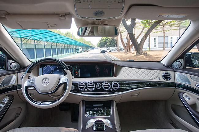 Việt Nam mua 20% xe Mercedes-Maybach của thế giới