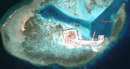 Nhìn từ trên cao, các cơ sở mà TQ xây dựng ở Đá Tư Nghĩa giống như một pháo đài