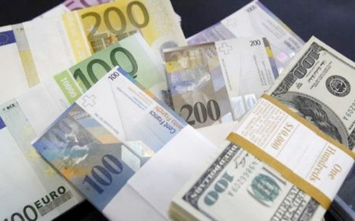 Chính phủ muốn vay dự trữ ngoại hối và những câu hỏi