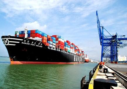 Việt Nam nhập siêu 1,87 tỷ USD chỉ trong nửa tháng!