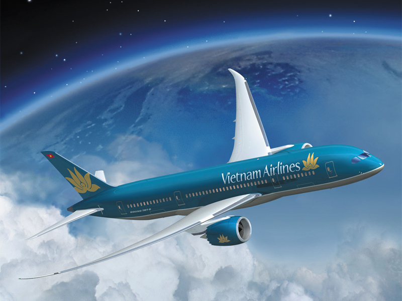 Yêu cầu làm rõ mức phụ thu dịch vụ bán vé máy bay