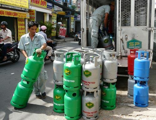 Giá gas giảm 14.000 đồng/bình 12 kg từ tháng 6