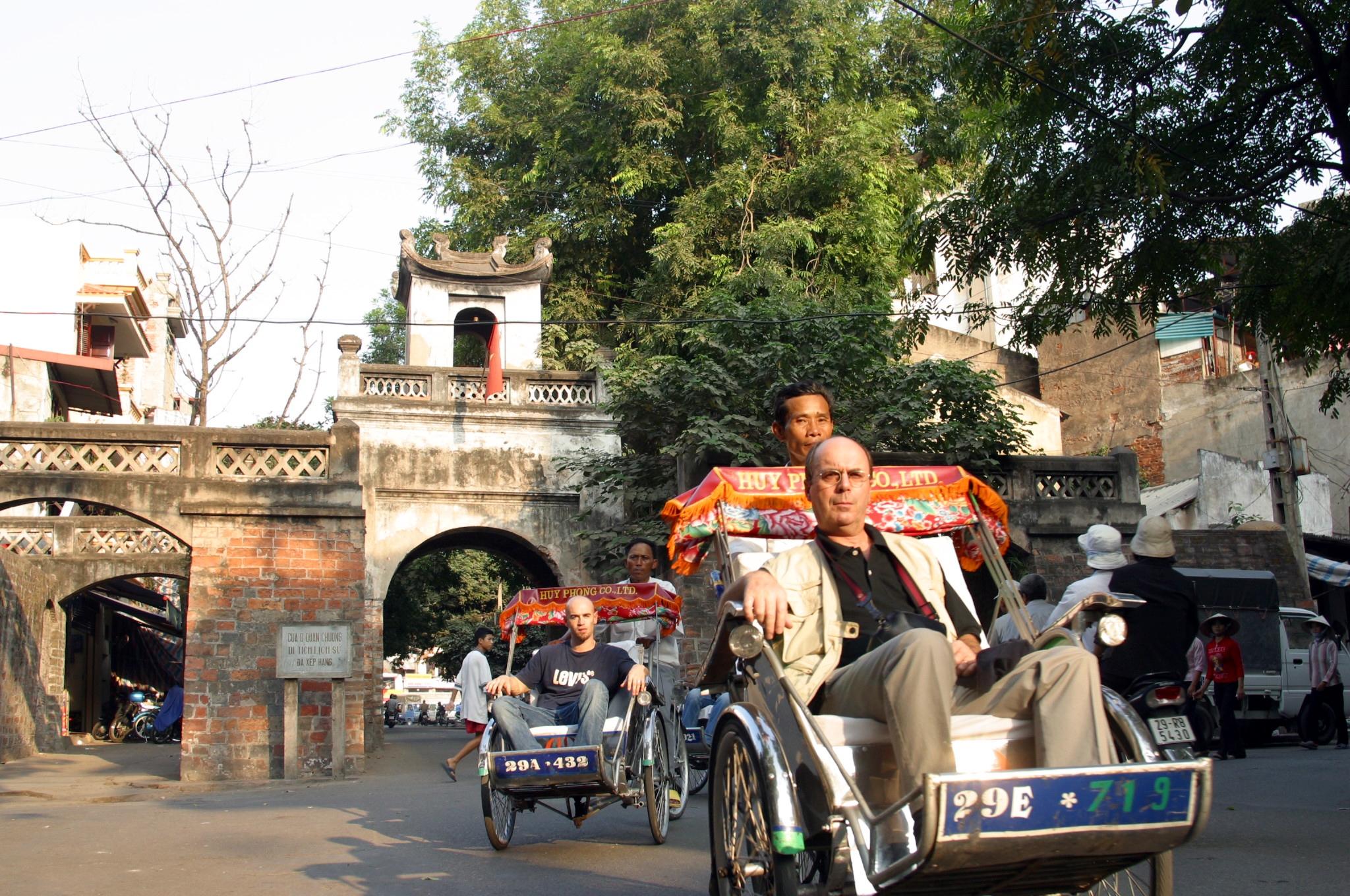Khách quốc tế đến Việt Nam 5 tháng đầu năm giảm mạnh